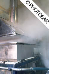 picture of evaporator on maple syrup farm